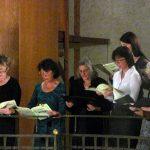 18_Orgelempore_rechts_im_Konzert